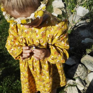 robe enfant gaze moutarde fleurs agathe et marceau